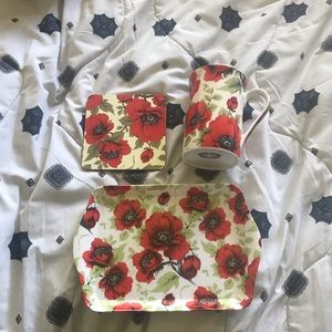 Never used floral set